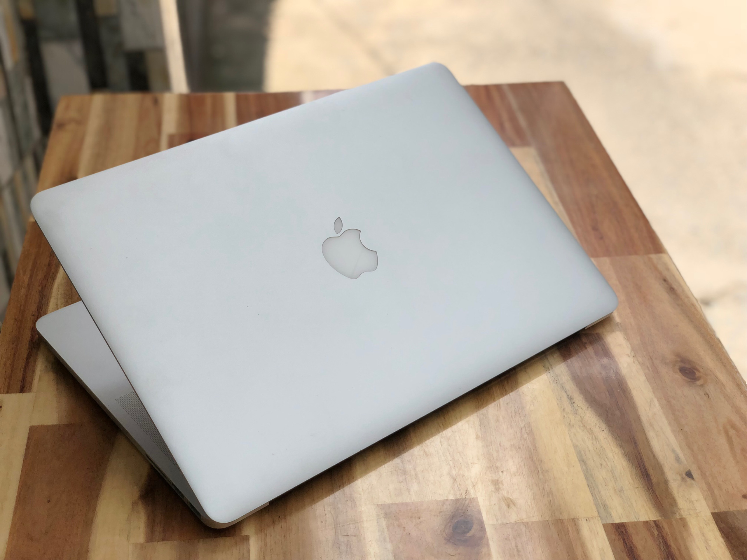 Macbook Pro Retina ME293/ Core i7/ Ram 8G/ SSD/ 15in/ MAC OS/ Retina/ Giá rẻ2
