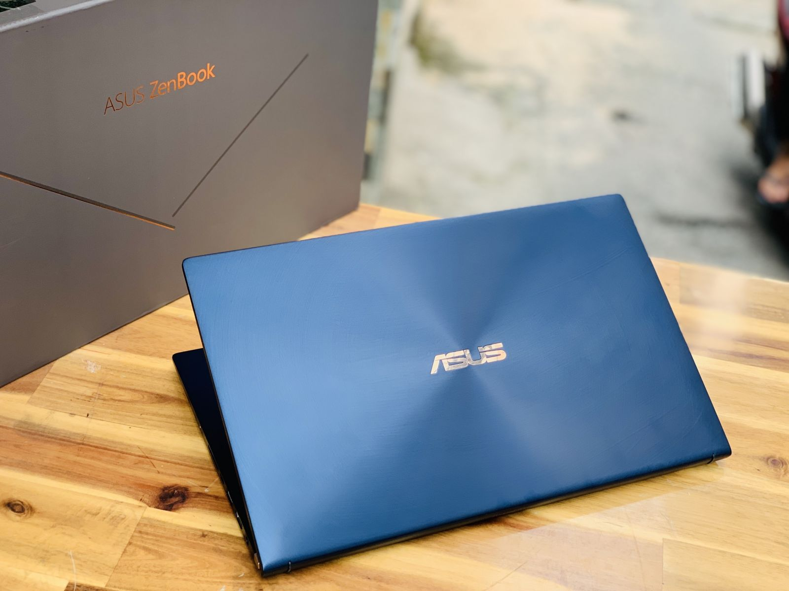 Laptop Asus Zenbook UX433FA, I7 8565U 8CPUS 8G SSD512 Full HD FaceID L - 2