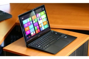 Laptop ultralbook sonyvaio SVP13. i5 4200, 4G
